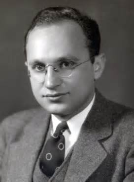 Young Milton Friedman, supporter of mechanical rule-based 100%-banking (Chicago Plan). - Photo: Columbia Univ.