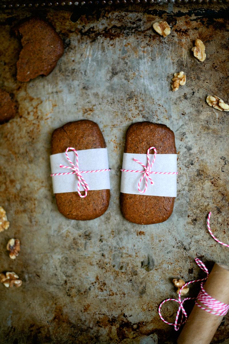 walnut-molasses-cookies.jpg