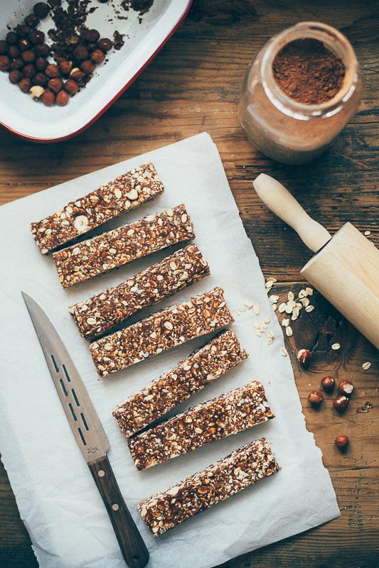hazelnut-cocoa-granola-bars-5.jpg