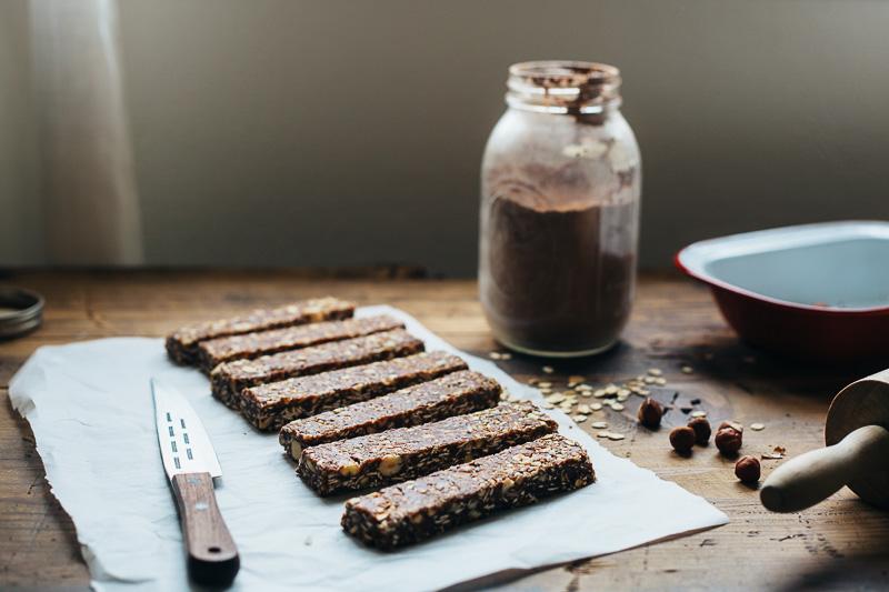 hazelnut-cocoa-granola-bars-10.jpg