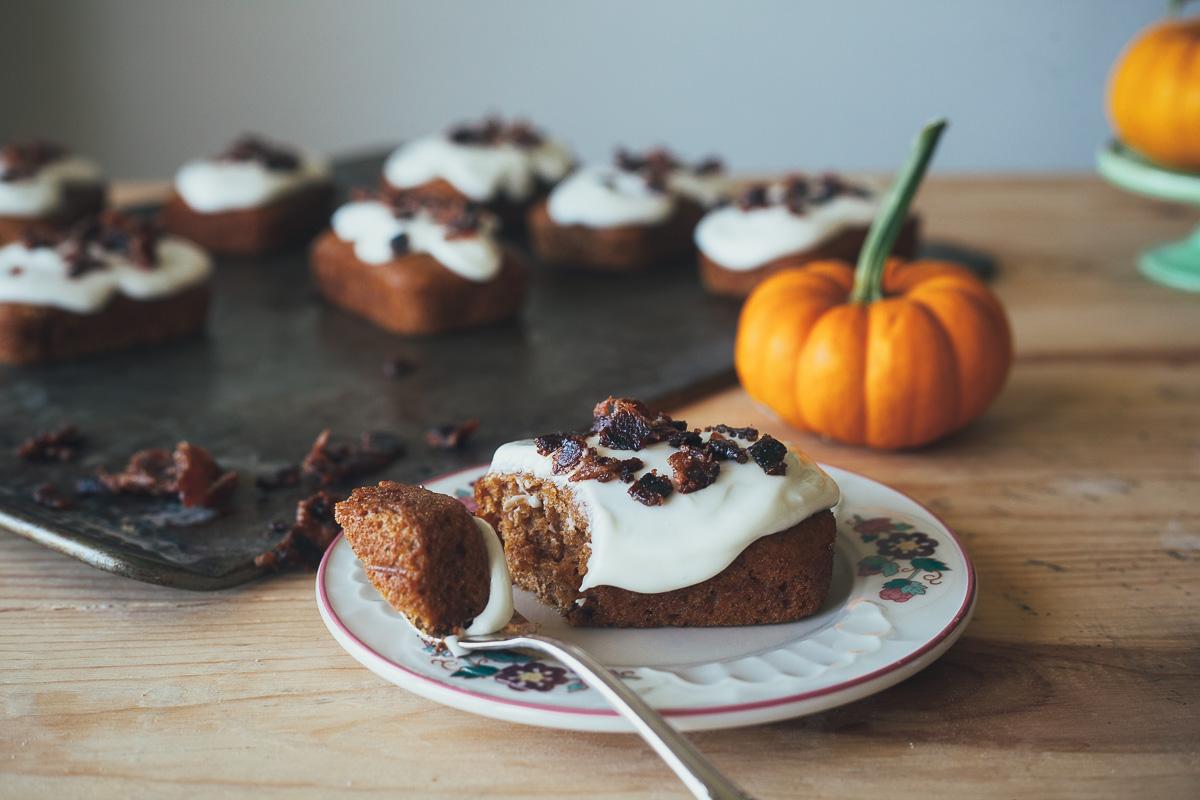 pumpkin-cakes-with-bacon-3.jpg