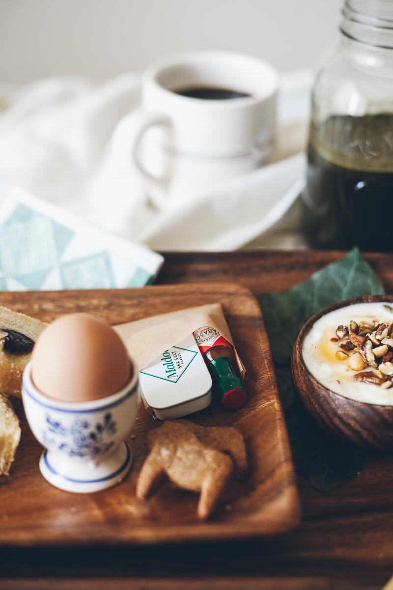 breakfast-in-bed-2.jpg