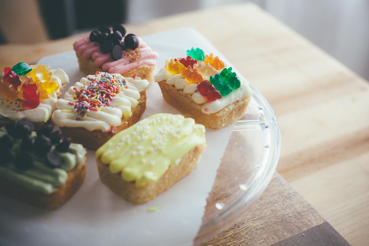vanilla-loaf-cakes-2.jpg