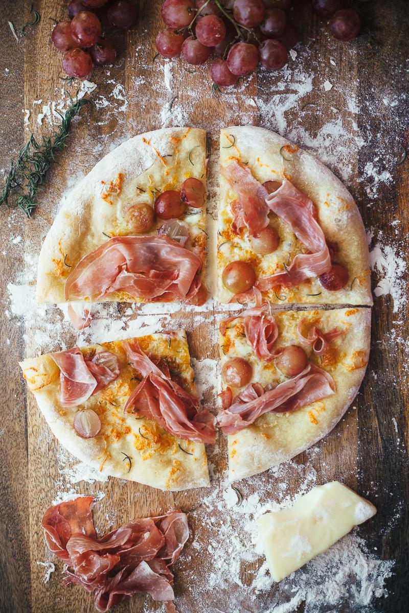 prosciutto-grape-pizza-5.jpg