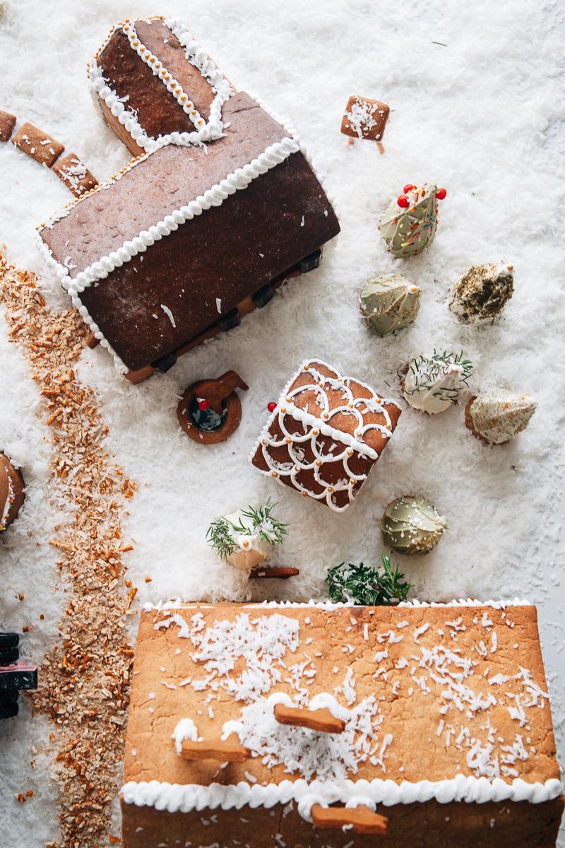 gingerbread farm-4.jpg