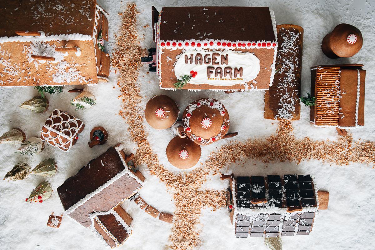 gingerbread farm-5.jpg