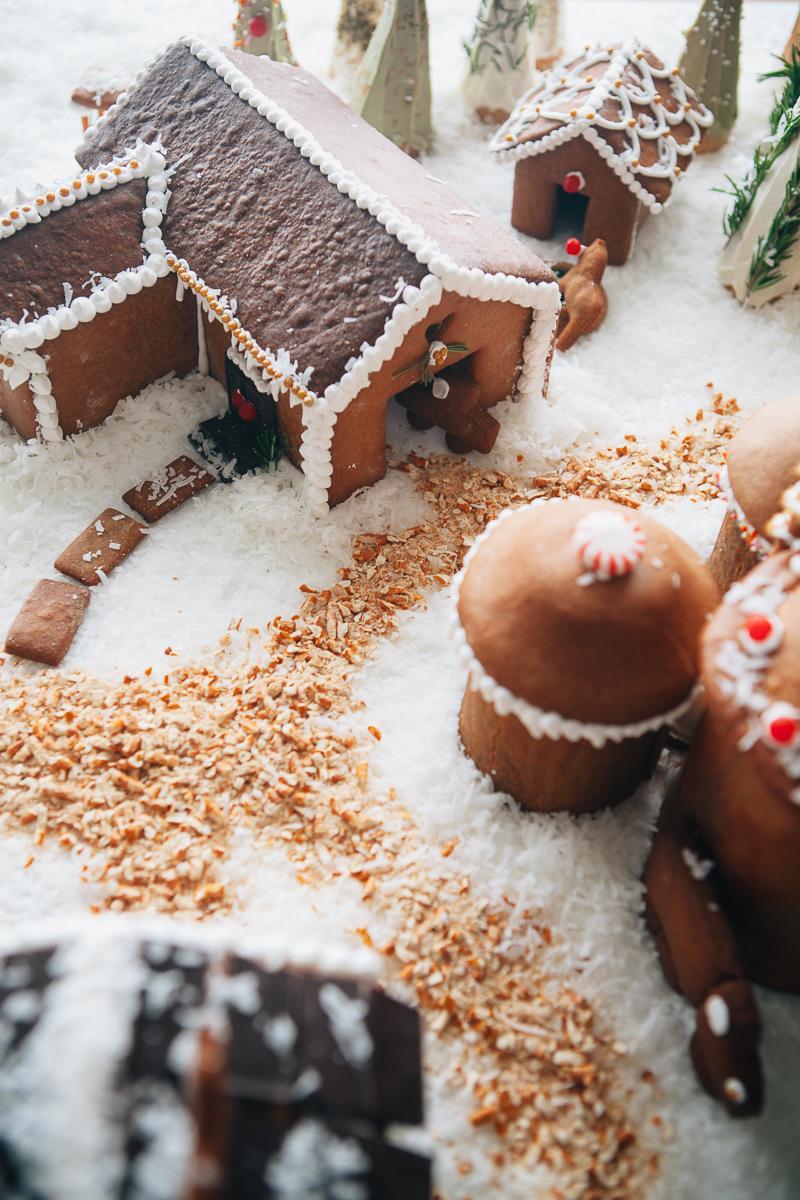 gingerbread farm-21.jpg
