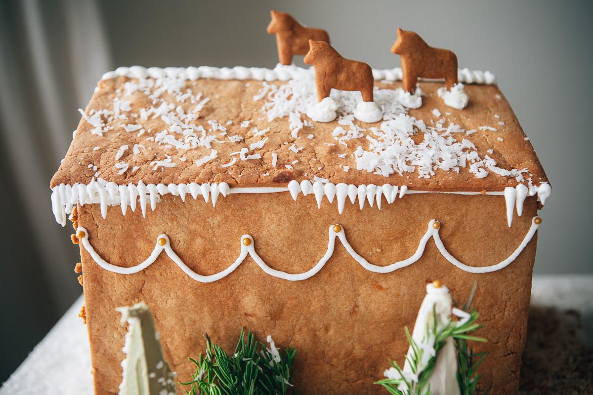 gingerbread farm-14.jpg