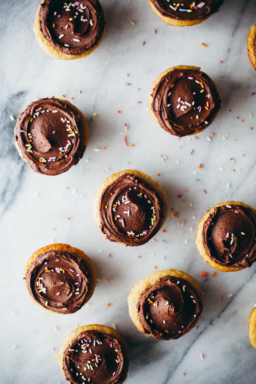 tahini cupcakes-14.jpg