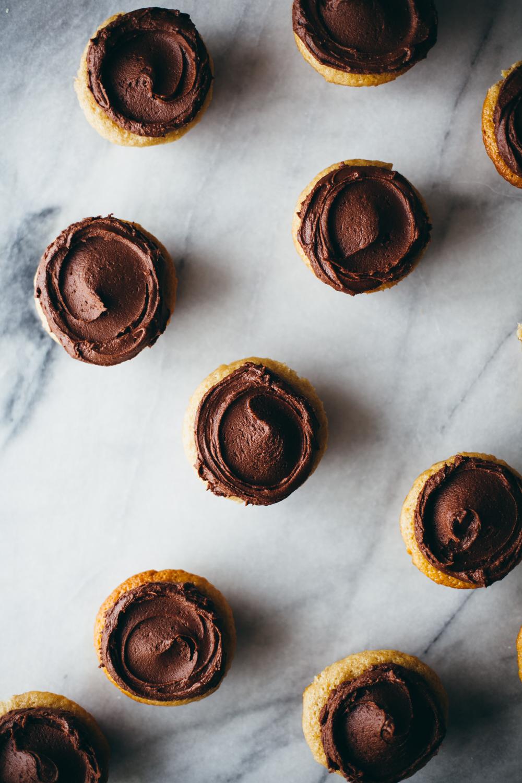 tahini cupcakes-16.jpg