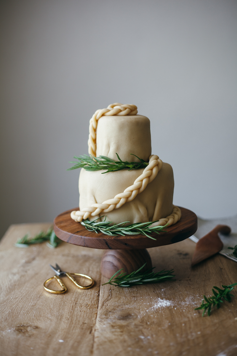 marzipan wedding cake-7.jpg