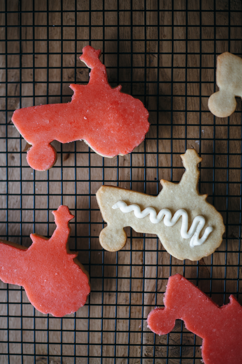 1508 tractor cookies-11.jpg