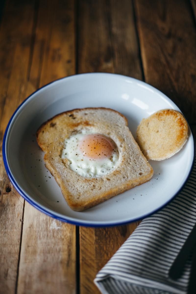 yogurt toast eggs in a basket-1.jpg