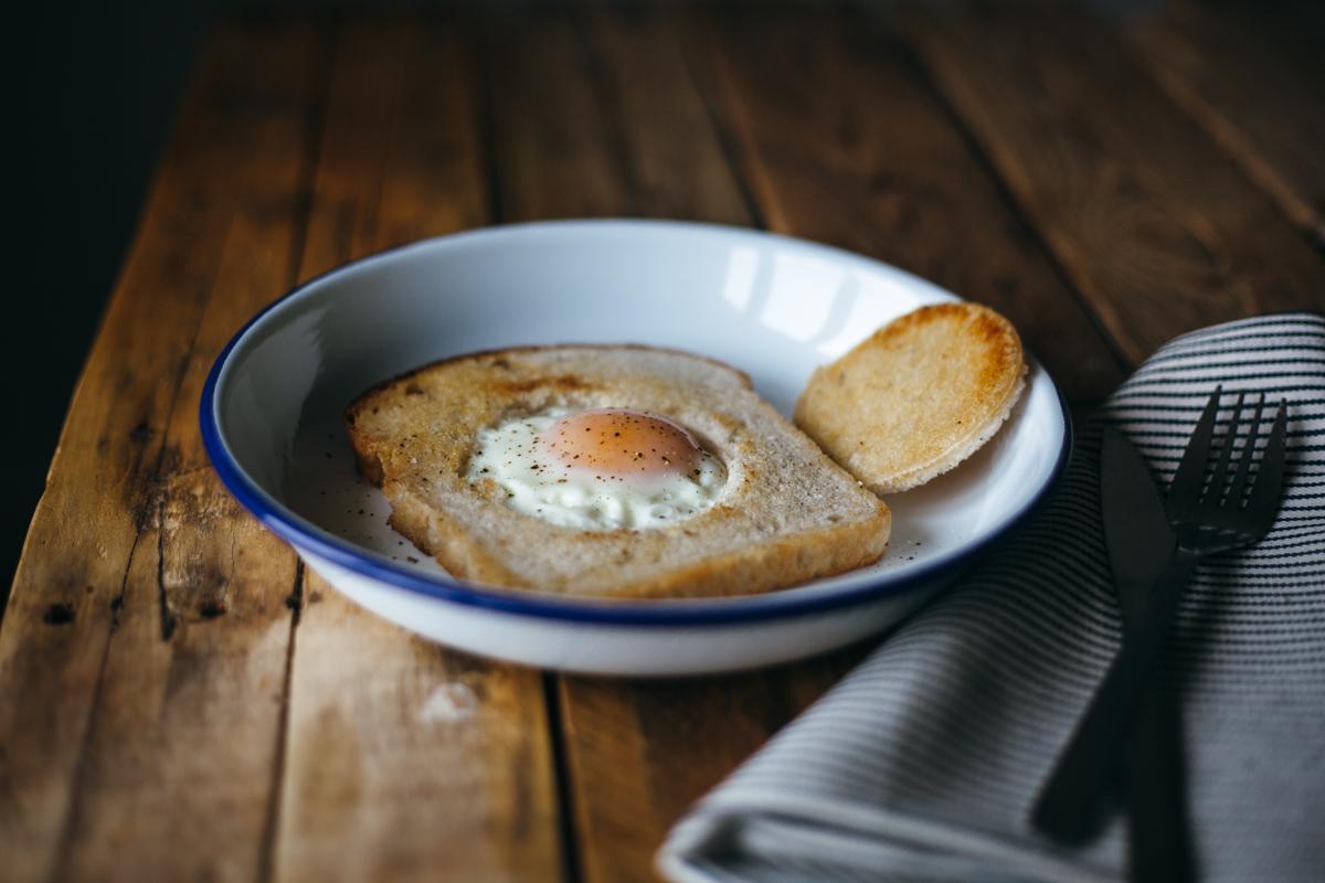 yogurt toast eggs in a basket-9.jpg