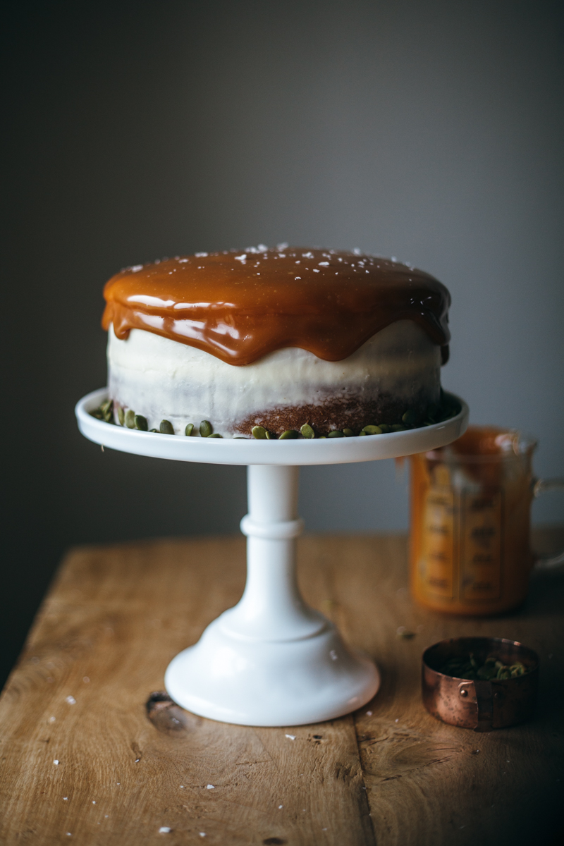pumpkin cake with cream cheese frosting-7.jpg