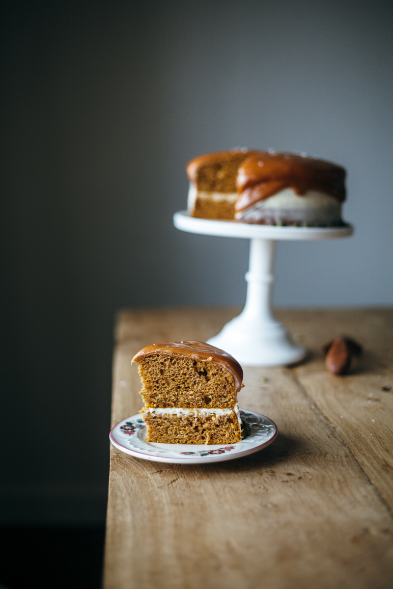 pumpkin cake with cream cheese frosting-3.jpg