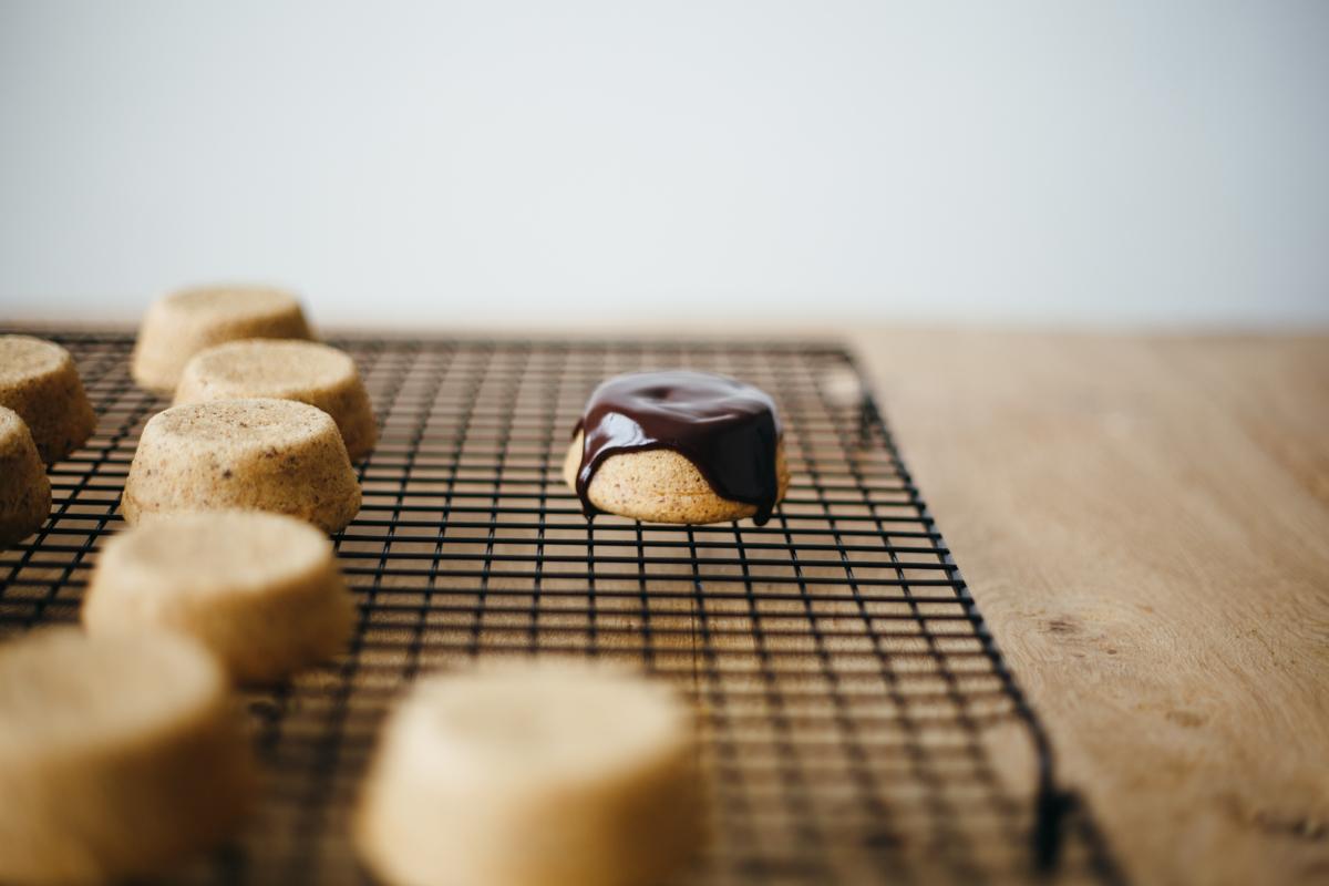hazelnut mini cakes-3.jpg