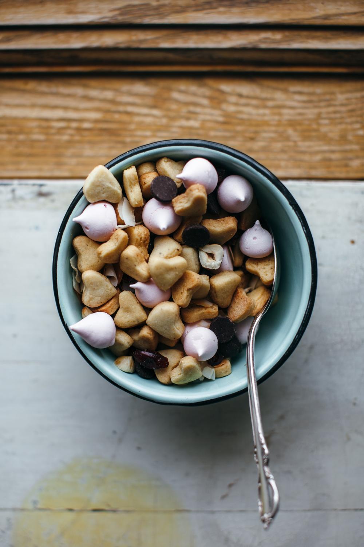 hazelnut sugar cookie cereal -31.jpg