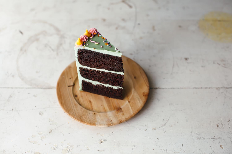 chocolate cake-2.jpg