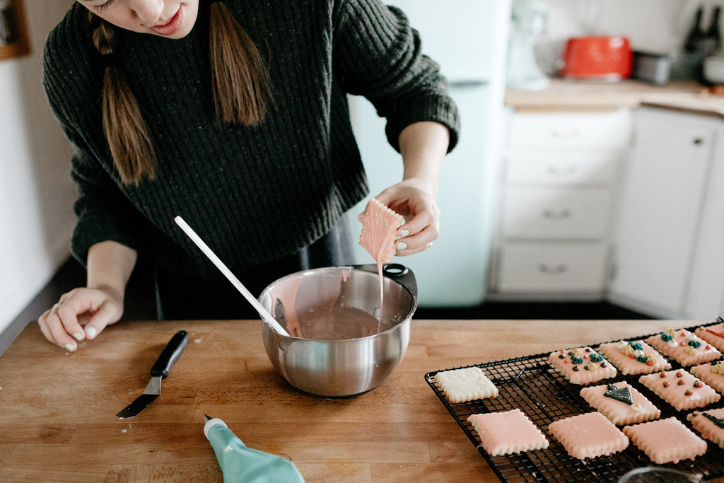 molly-yeh-pampered-chef-cookies-35.jpg