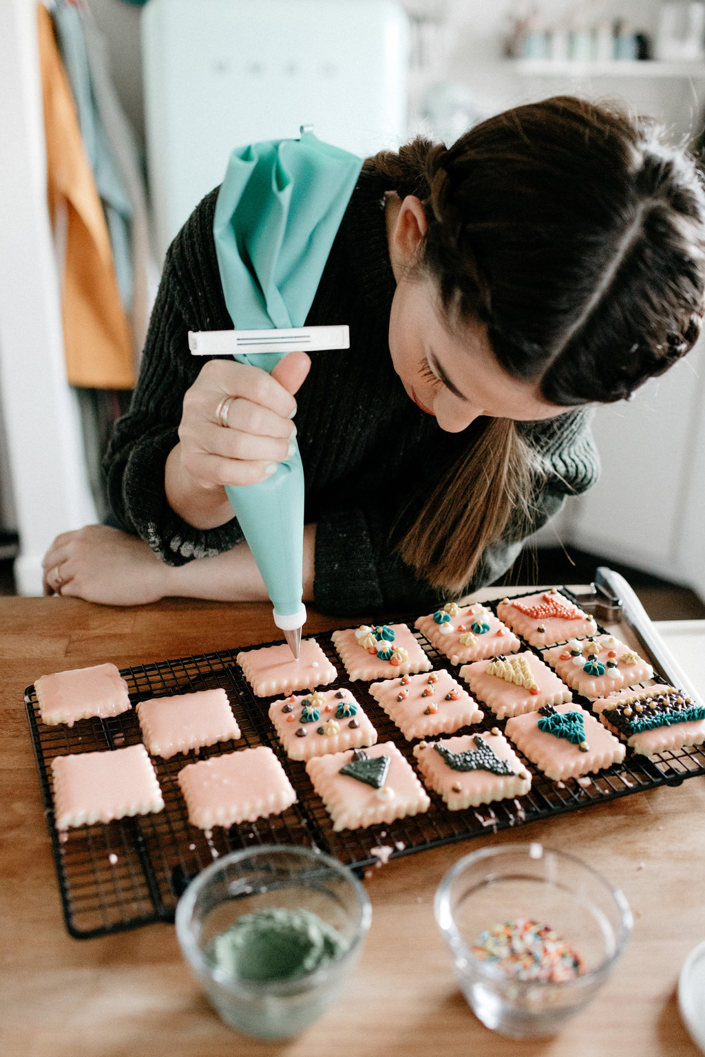 molly-yeh-pampered-chef-cookies-42.jpg