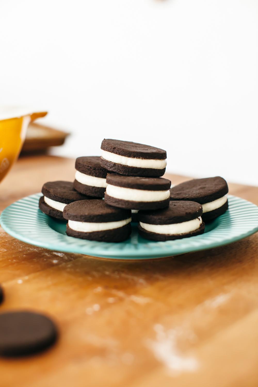cookies n cream cupcakes-6.jpg