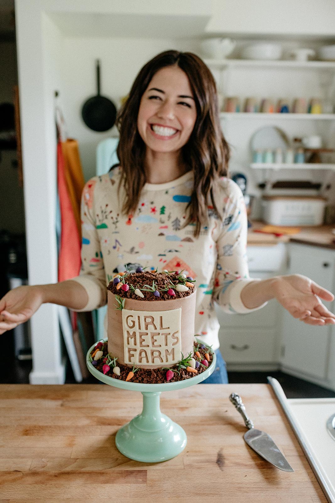 molly-yeh-girl-meets-farm-cake-8.jpg