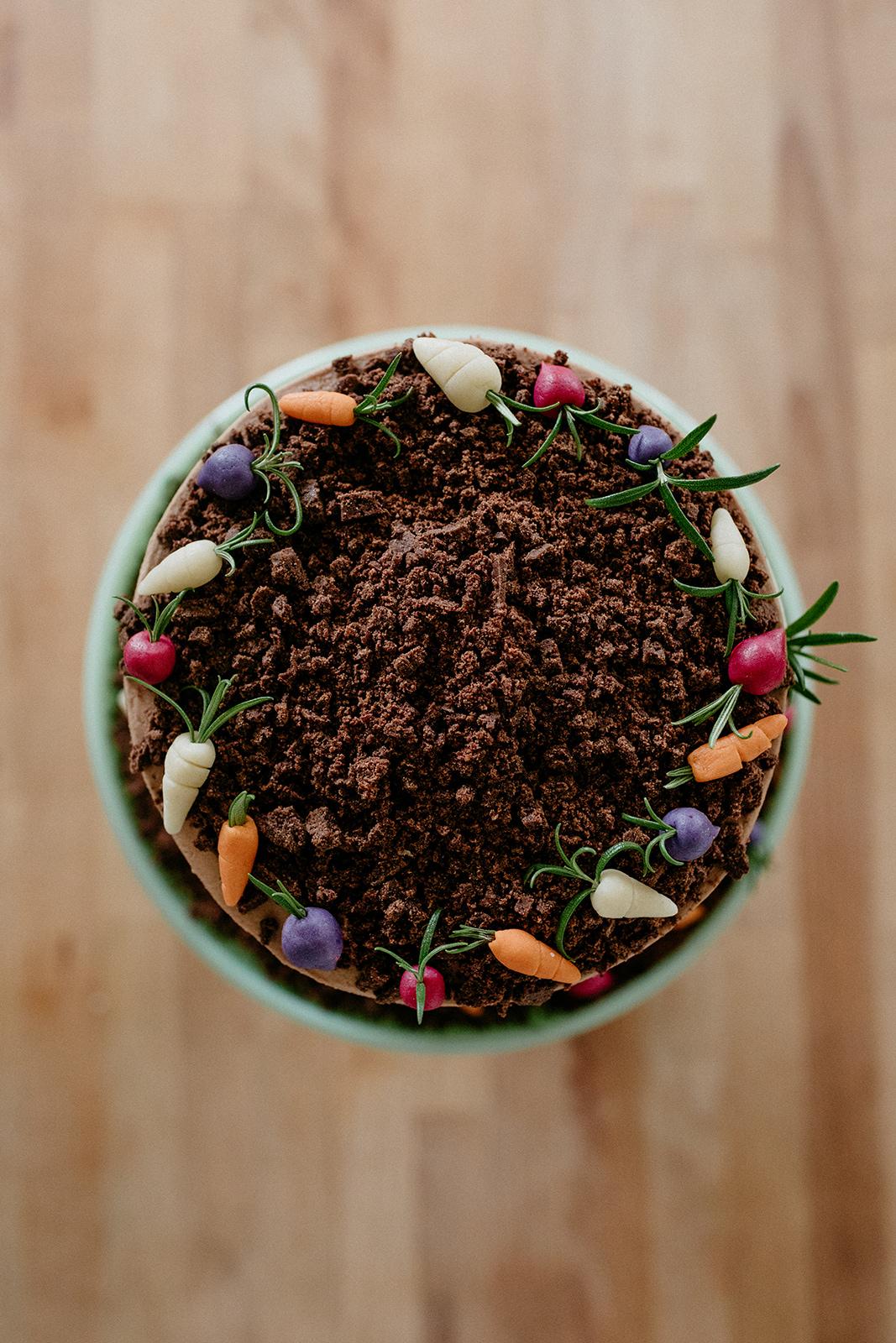 molly-yeh-girl-meets-farm-cake-12.jpg