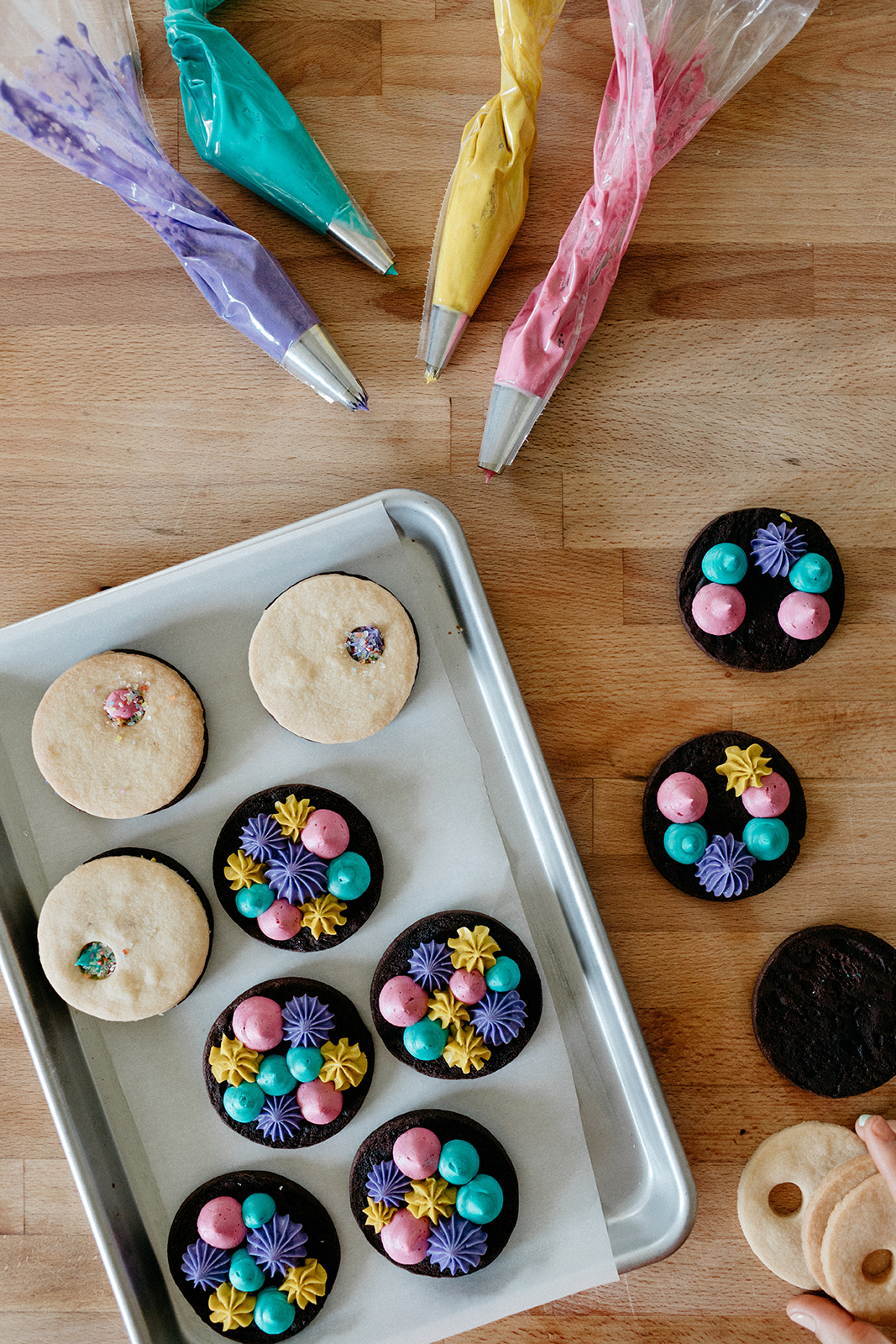 molly-yeh-shakespeare-cookies-3.jpg