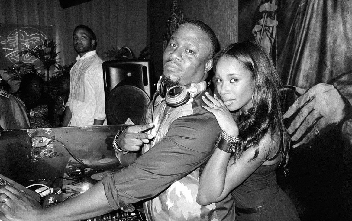 DJ M.O.S & DJ KISS (THE SEMPLES)