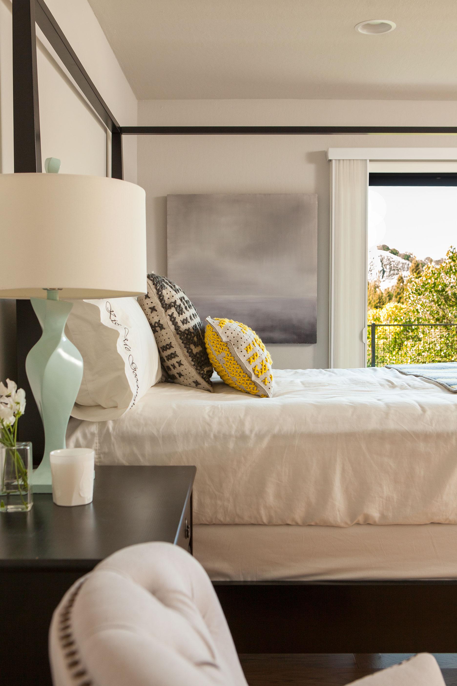 40 Master Bedroom.jpg