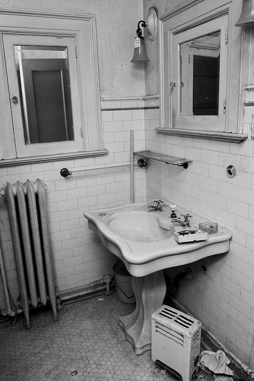 TSAP-4949 Swiss-2nd Floor Bathroom Sink.jpg