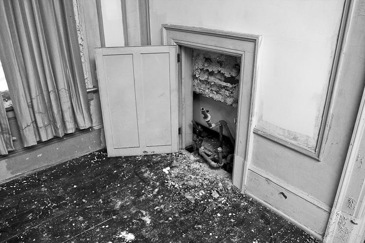TSAP-4949 Swiss-2nd Floor Bedroom-Vandalized Plumbing.jpg