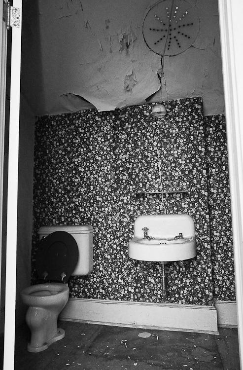 TSAP-4949 Swiss-2nd Floor Toilet & Sink.jpg