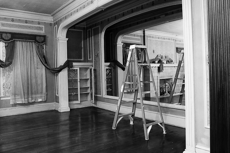 TSAP-4949 Swiss-Hall of Mirror-Ladder.jpg