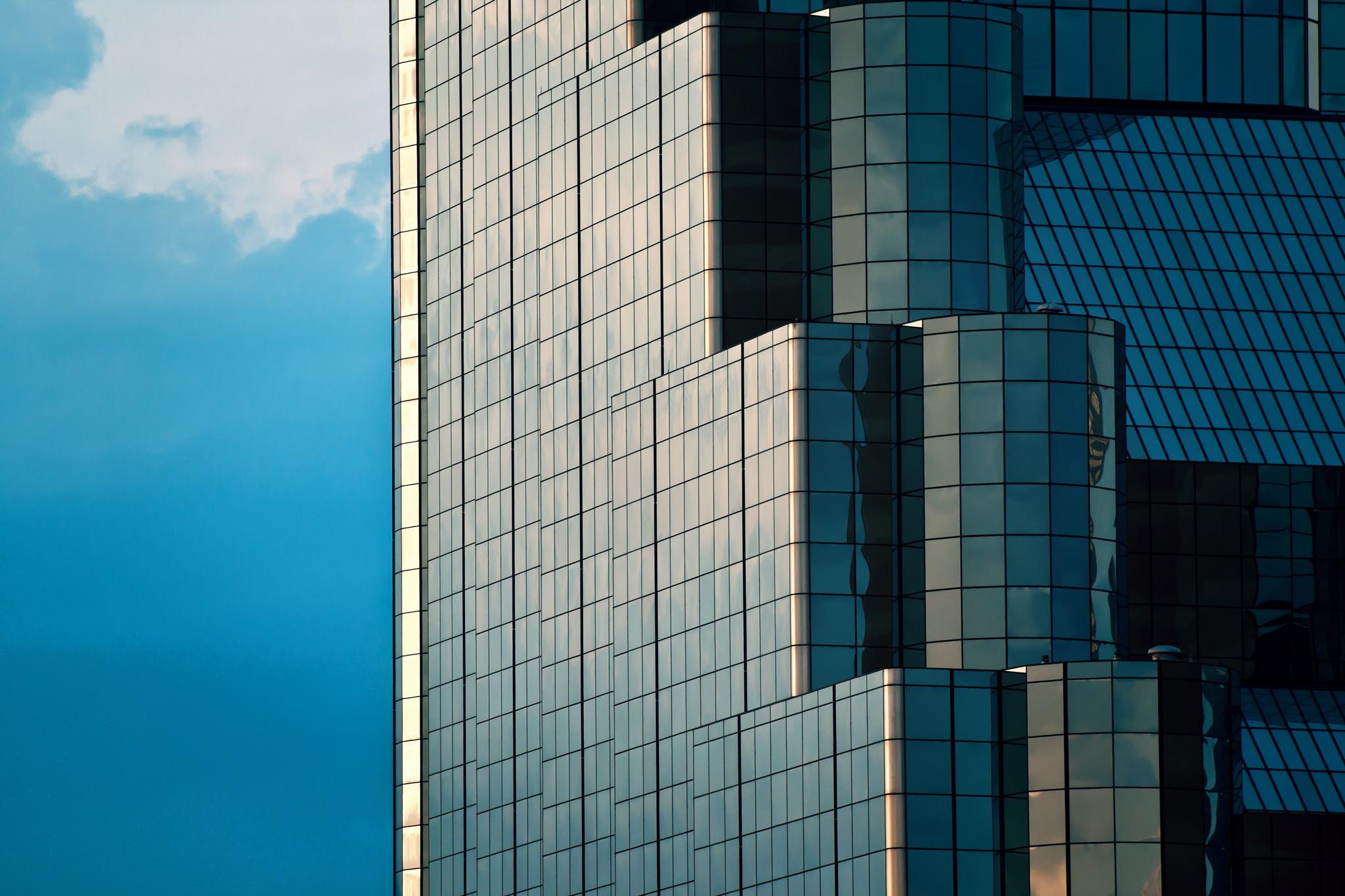 Hyatt-Regency-Hotel-Detail.jpg