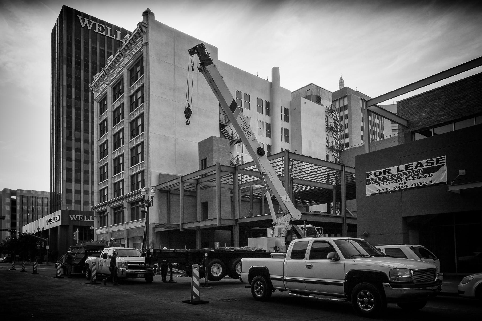 Crane and Workmen - El Paso