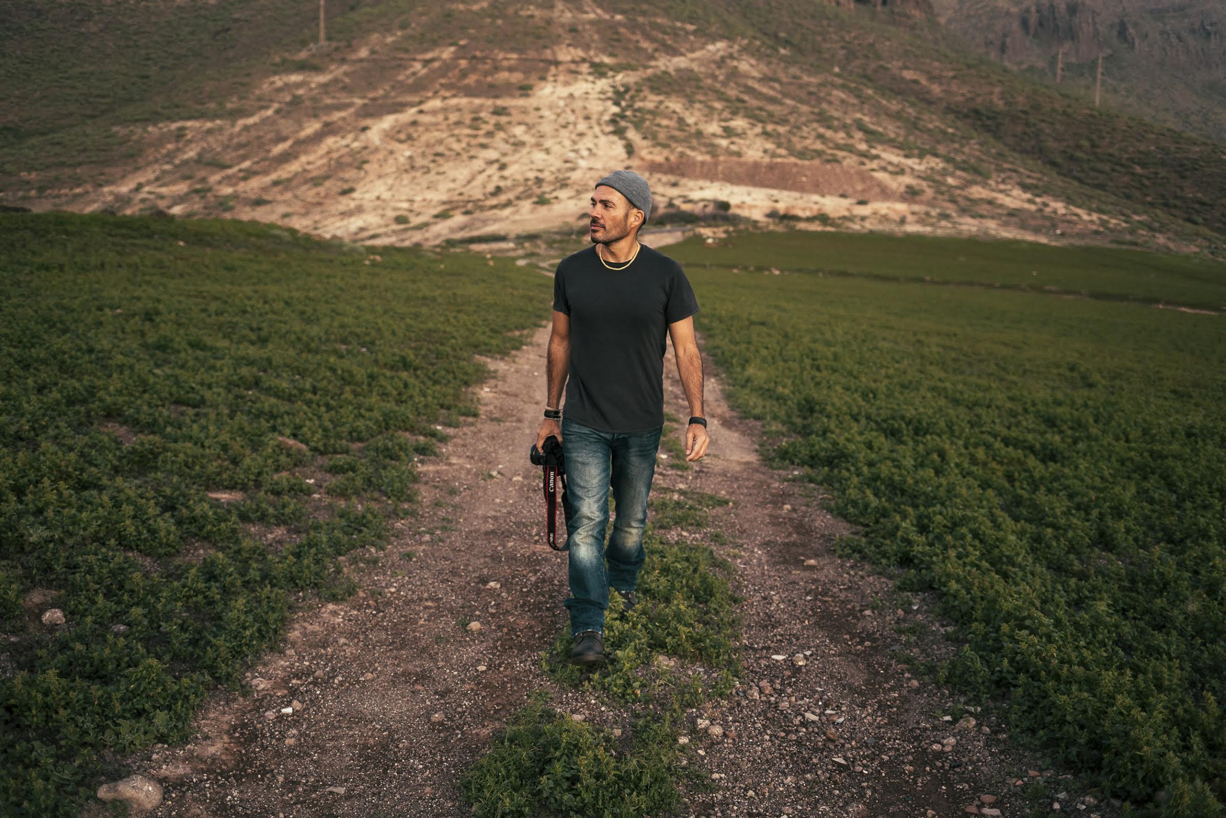 Tomás Correa. Photographer
