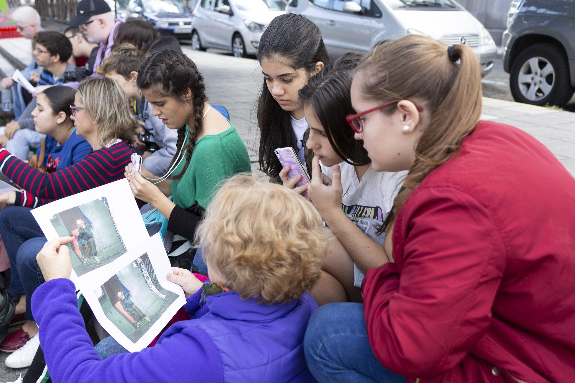 Taller de fotografía para jóvenes ciegos o con discapacidad visual grave en Las Palmas de Gran Canaria.