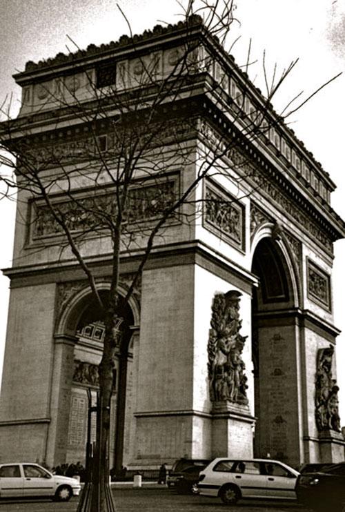 Arch di Triomphe, Paris