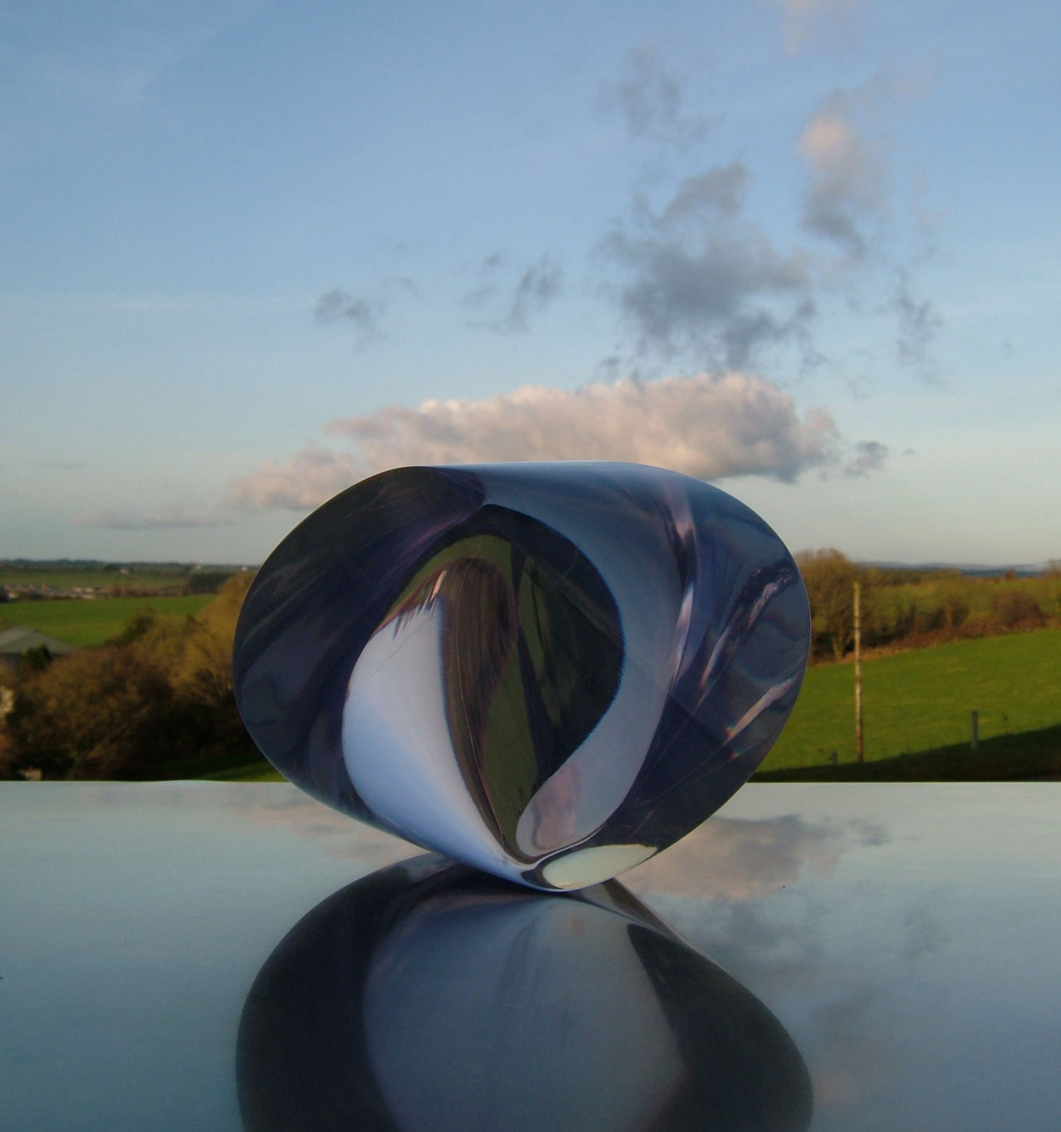 Eilis O'Connell_-_The Square Inside_clear cast resin_20 x 20 x 16cm.jpg