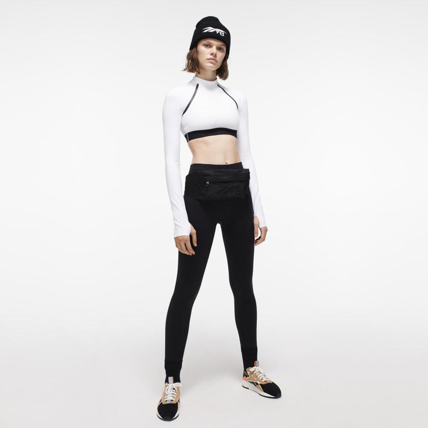 Victoria_Beckham_Crop_Tee_White_FI9383_22_model.jpg