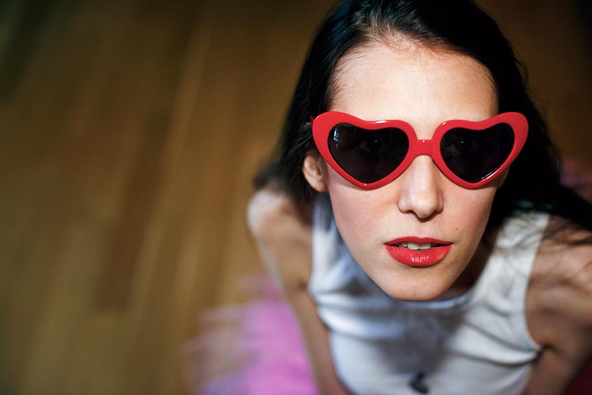 Jessica_In_Heart_Glasses.jpg