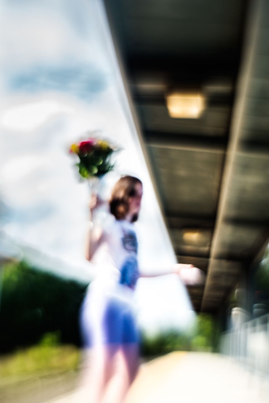 Girl-With-Flowers_6107