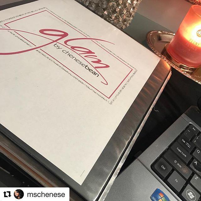 #Repost @mschenese ・・・ I had clients this morning and now I'm at my desk going over concepts and ideas. This binder just keeps growing. From important documents, notes, brochures, etc. this lip collection has truly added to my life! www.chenesebean.com 🎀 #writethevision #writethevisionmakeitplain #writethevisionandmakeitplain #makeup #makeupartist #mua #mylife #upwardandonward #glambychenesebean #glambychenese #cincymua #ohiomua #daytonmua #mualife #cincinnatimua #cincinnatimakeupartist #mynewbaby #brandingiseverything #entrepreneurlife #readingbridal #readingbridaldistrict #gottahaveretail #thankyougod #idesiredthisforsolong