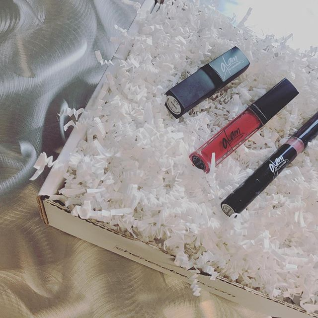 Glam in a box! 💋 #lippies #makeup #beautyproducts #lipgloss #lipstick #liquidlipstick #glaminabox #glam #boxofglam