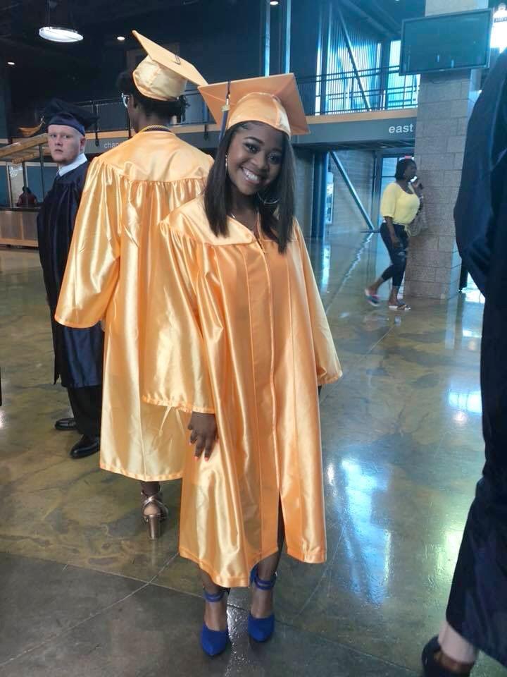 highschoolgraduationmakep_cincymakeup2.jpg