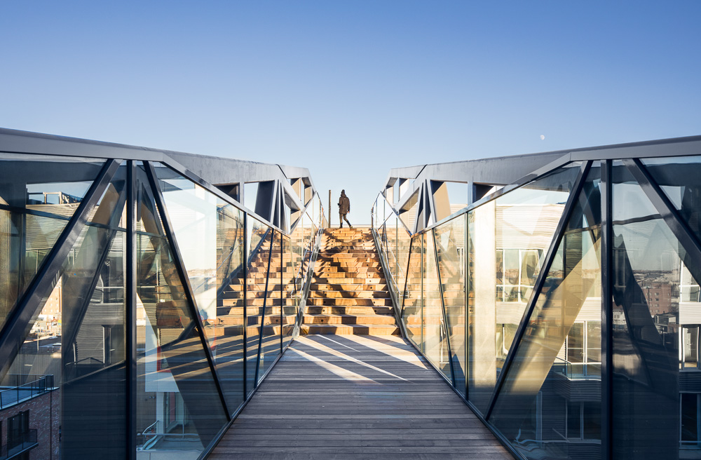The bridge at 10 Montieth designed by ODA Architecture