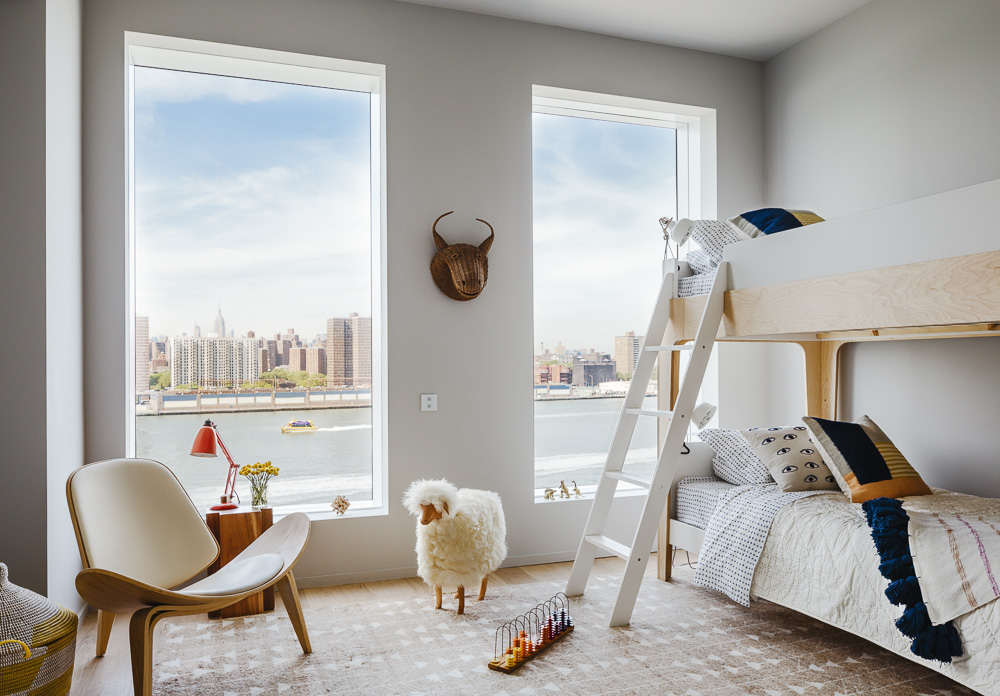 Kids room of a One John St apartment in DUMBO, by Alloy development