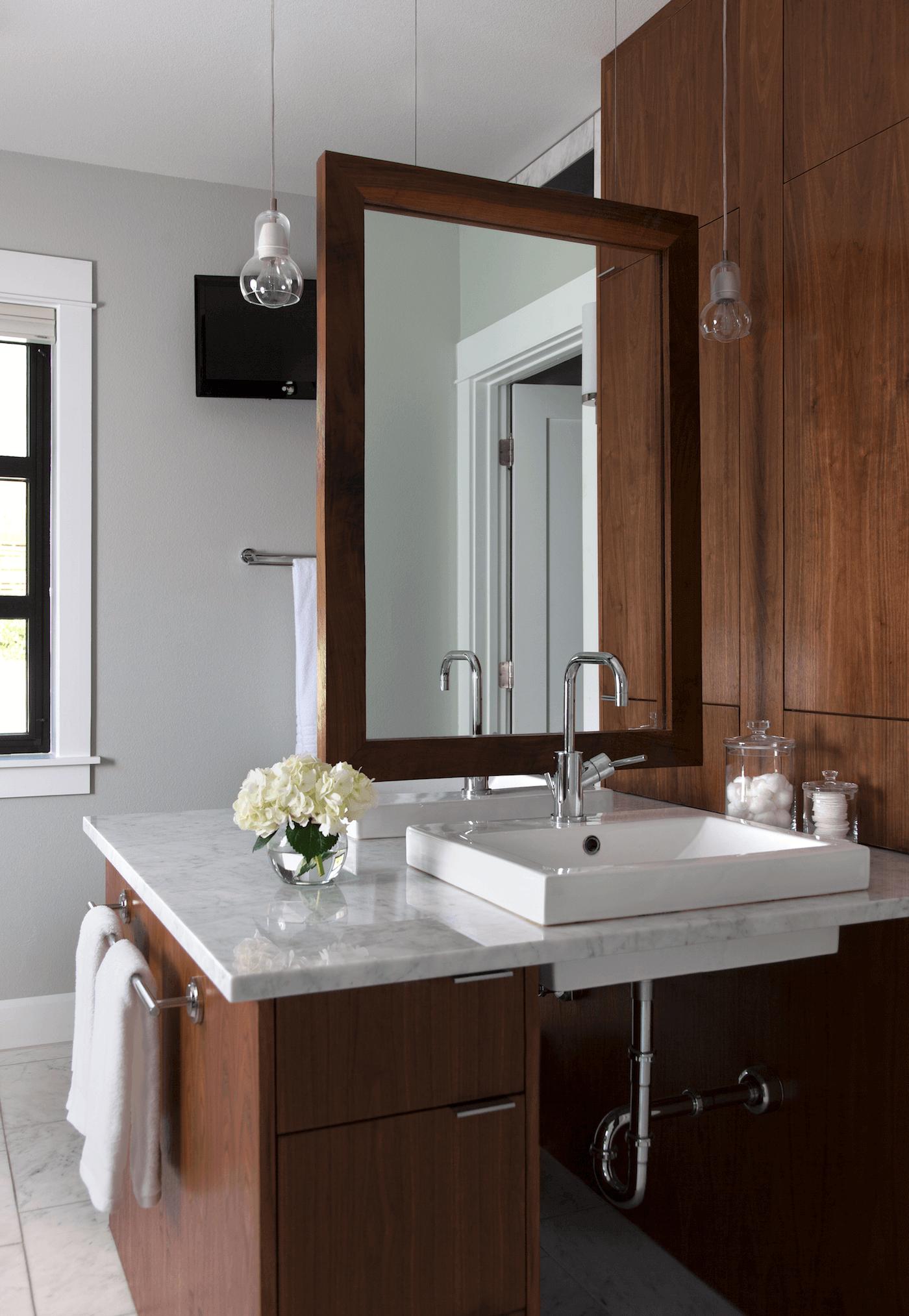 Tarrytown Master Bathroom | Robin Colton Interior Design Studio Austin Texas | www.robincolton.com